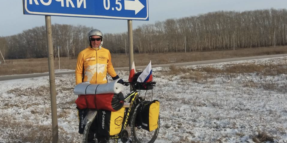 Two Polish cyclists reach Novosibirsk in this weather!